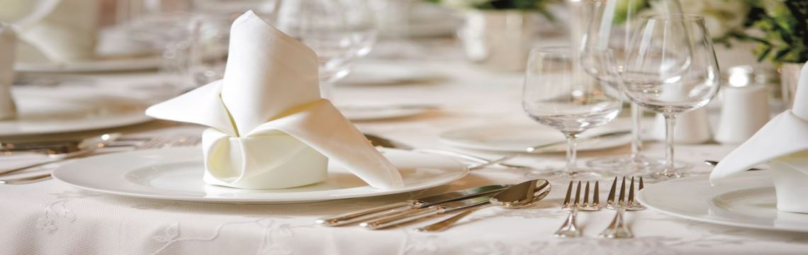 FOOD & BEVERAGE  LINEN SERVICES
